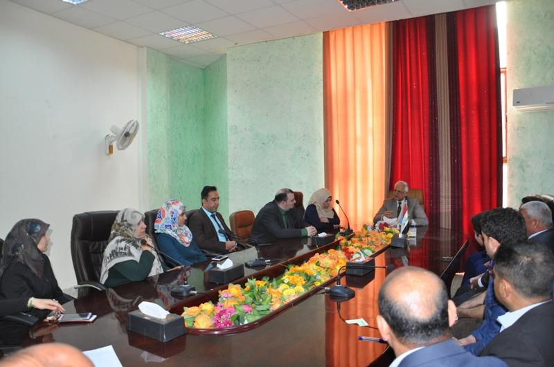 لقاء الدكتور أكرم الياسري بتدريسييي قسم إدارة المؤسسات الفندقية